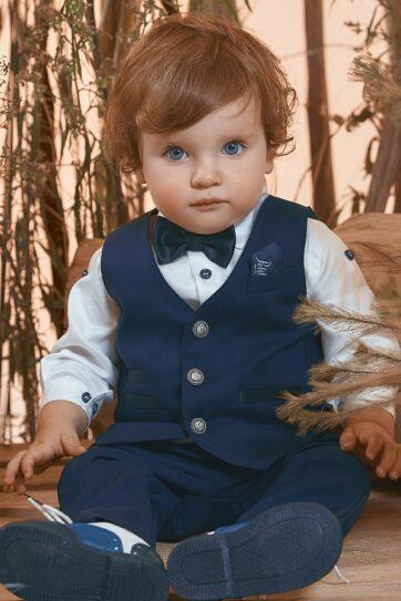 Completo con gilet blu da bambino