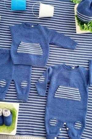 Set corredino nascita in lana merinos azzurro Bebè di Almy
