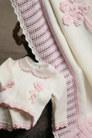 Set corredino nascita in lana merinos panna/rosa Bebè di Almy